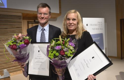 Två av årets stipendiater, Anders Christensson, Skånes universitetssjukhus och Susanne Westphal, Sahlgrenska Universitetssjukhuset. Foto: Roger Lundsten
